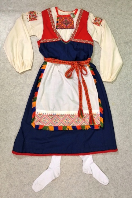 Tuuterin kansallispuku Tuuteri national costume