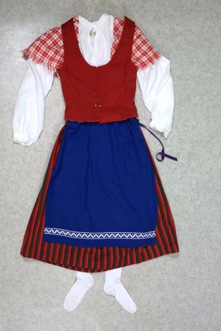 Pyhäjokialueen kansallispuku Pyhäjokialue national costume