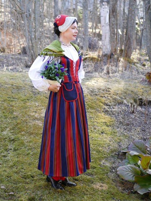 Lapinjärven kansallispuku