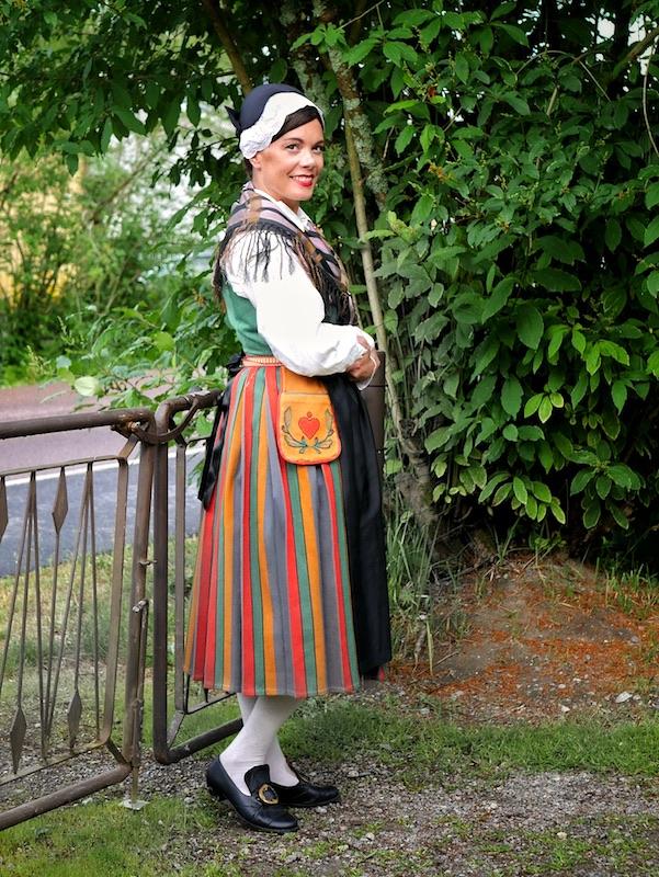Pohjan kansallispuku Pojo folkdräkt