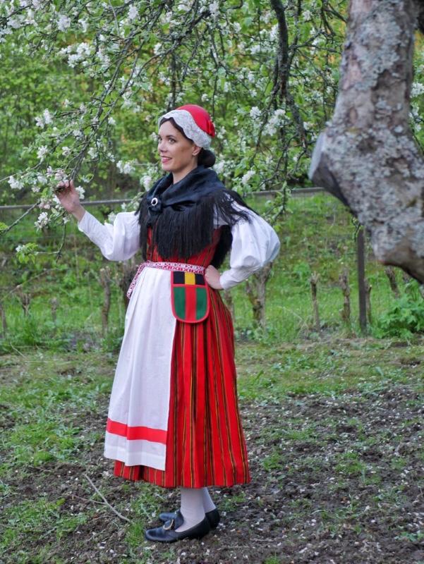 Oravaisten kansallispuku Oravais folkdräkt