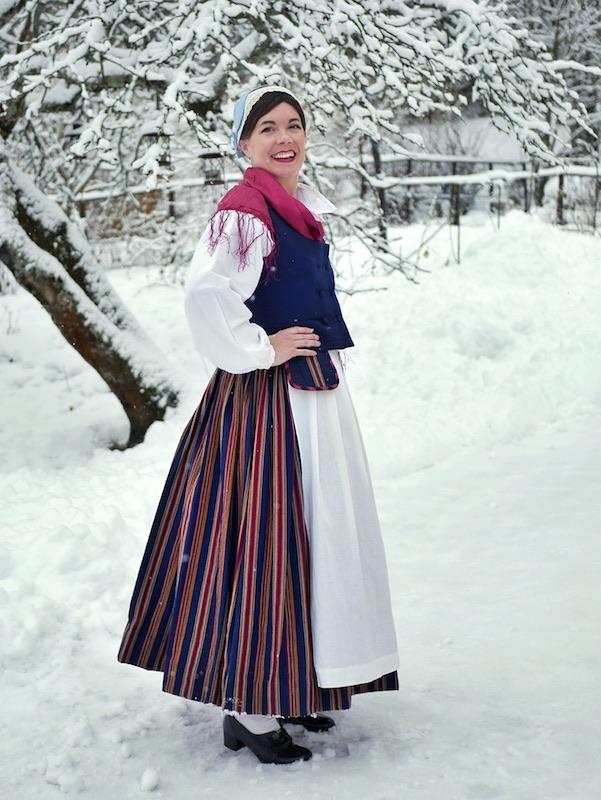 Ylä-Savon kansallispuku Ylä-Savo folkdräkt Ylä-Savo national costume