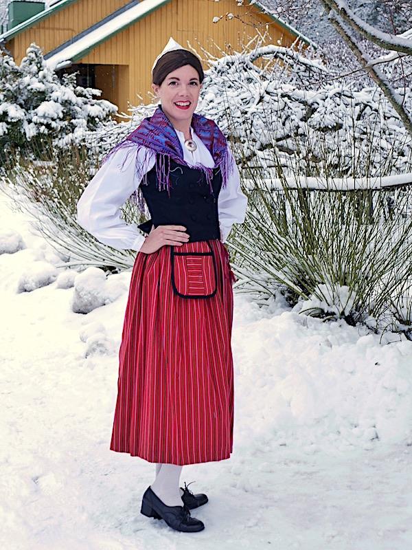 Juvan kansallispuku Juva national costume