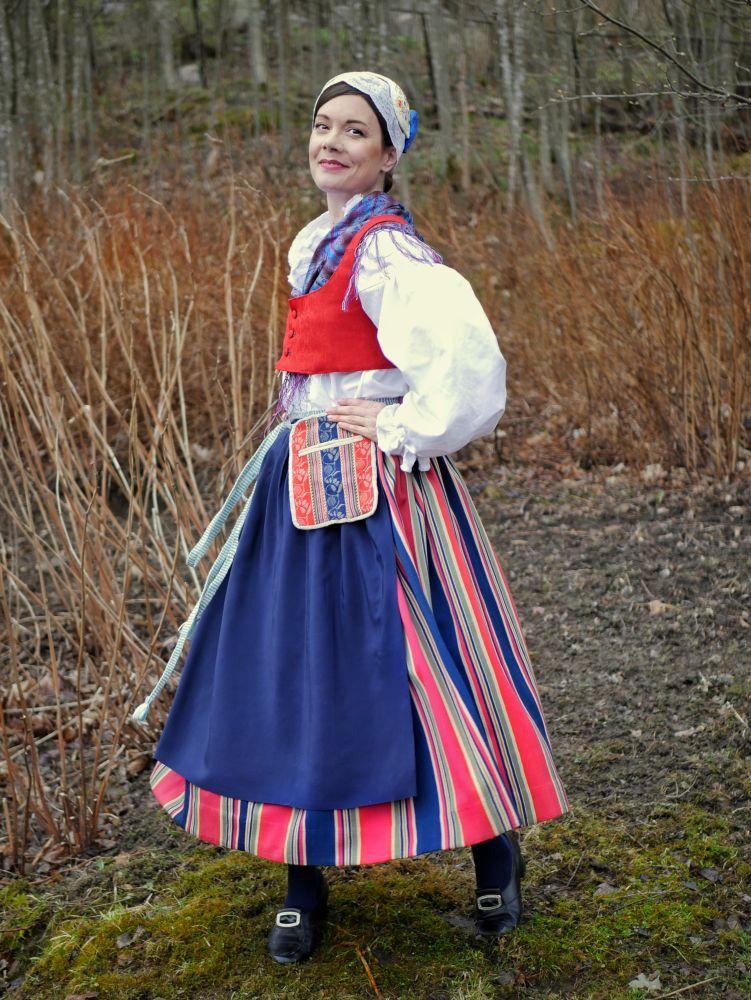 Suur-Vesilahden kansallispuku Suur-Vesilahti national costume