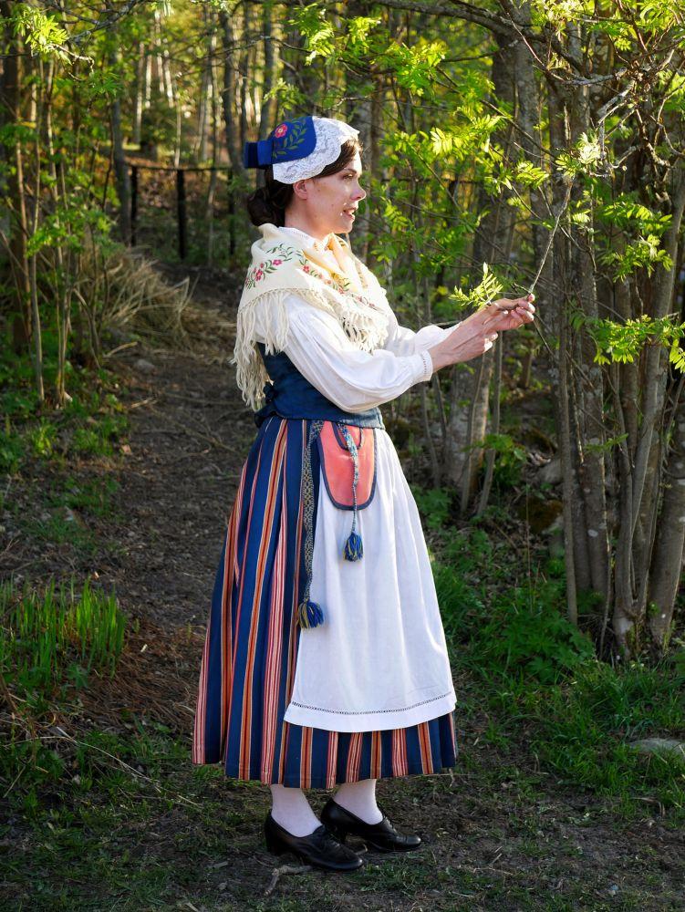 Bromarvin kansallispuku Bromarv folkdräkt Bromarv national costume
